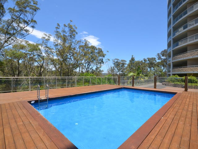 375/80 John Whiteway Drive, Gosford, NSW 2250