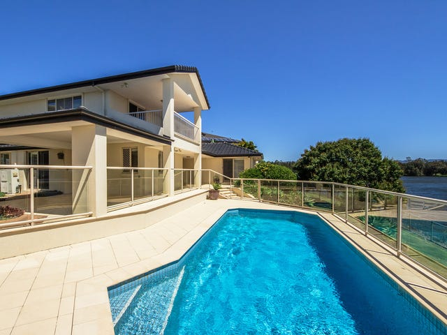 63 Montevideo Drive, Clear Island Waters, Qld 4226