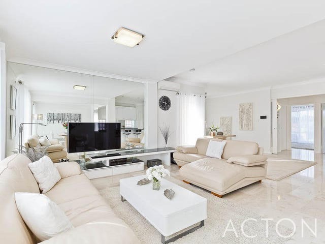 Sorrento, address available on request