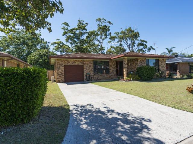 4 Gundaroo Crescent, Iluka, NSW 2466