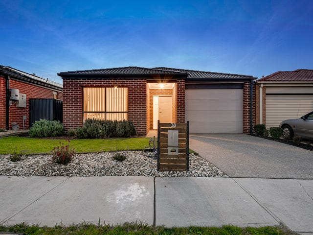 38 Falabela Road, Clyde North, Vic 3978