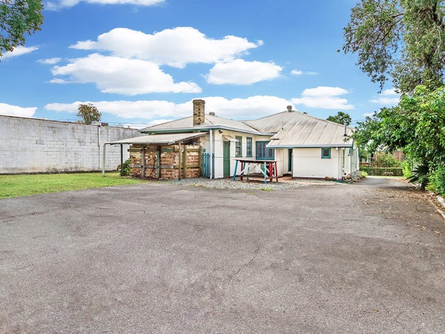 58 Pohlman Street, Southport, Qld 4215