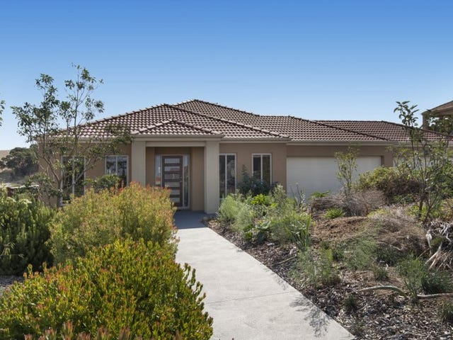 82 Valley Drive, Hidden Valley, Vic 3756