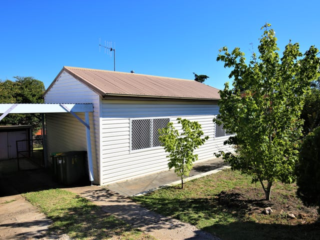 19  Pacific Way, West Bathurst, NSW 2795