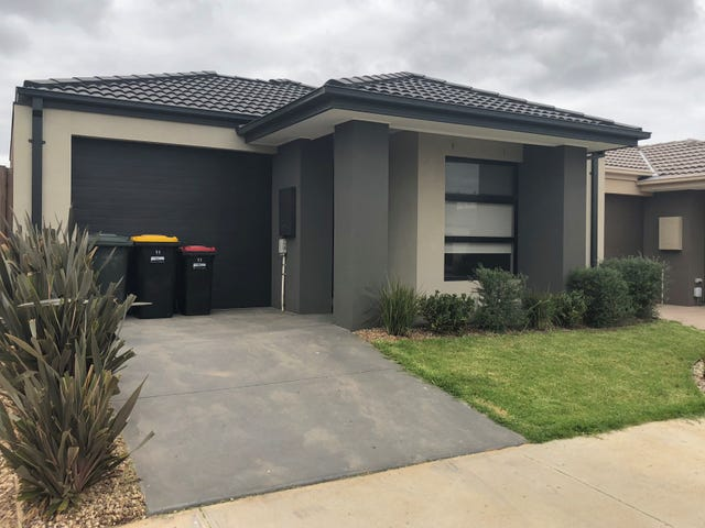 11 Forrester Grove, Plumpton, Vic 3335