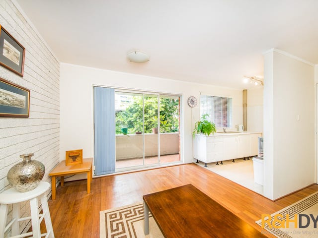 4/30 The Crescent, Dee Why, NSW 2099