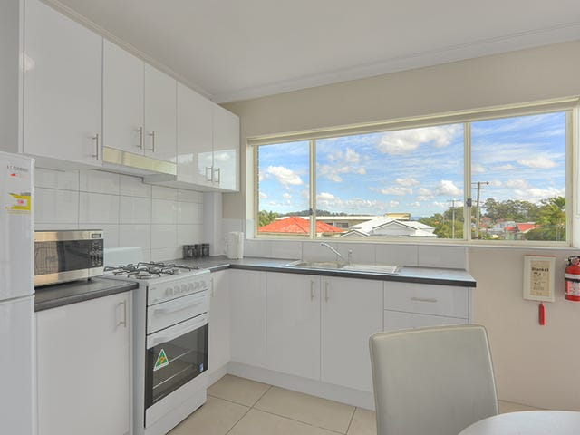2/15 Crawford Street, Stafford, Qld 4053