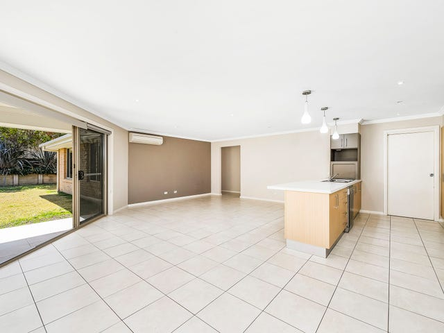37 Braeroy Drive, Port Macquarie, NSW 2444