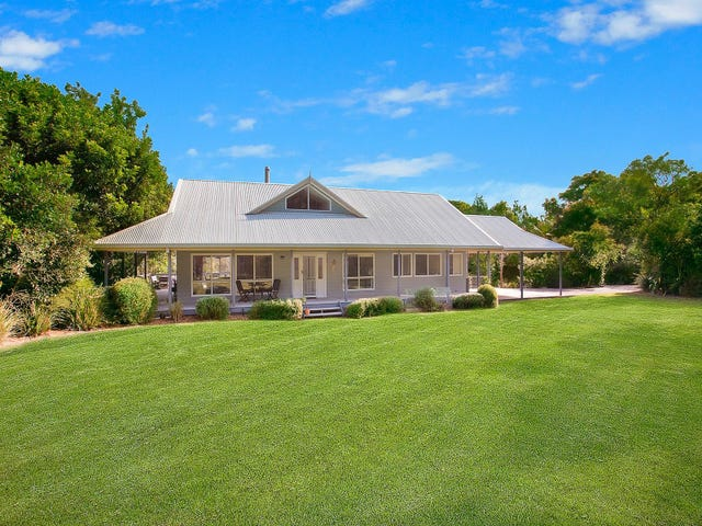 18 South Pacific Drive, Macmasters Beach, NSW 2251