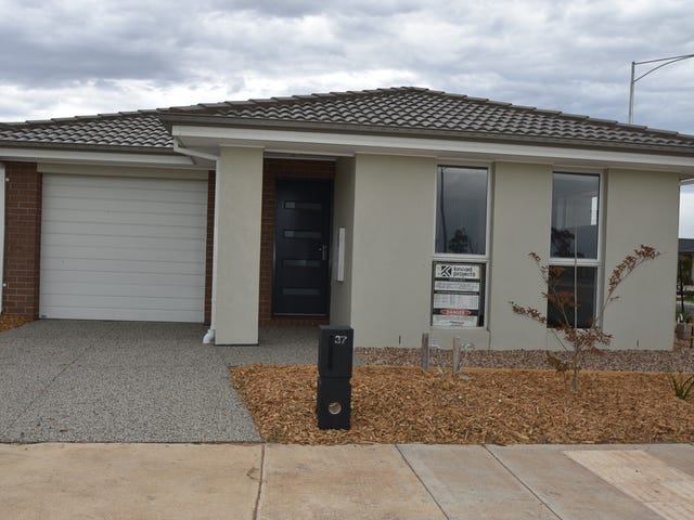 35 & 37 Welcome Parade, Wyndham Vale, Vic 3024