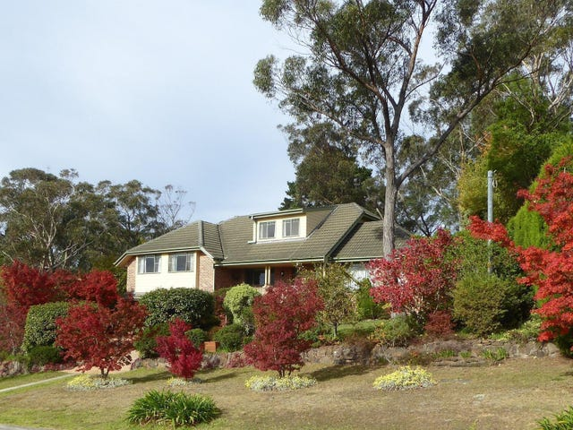 2 Panorama Crescent, Wentworth Falls, NSW 2782
