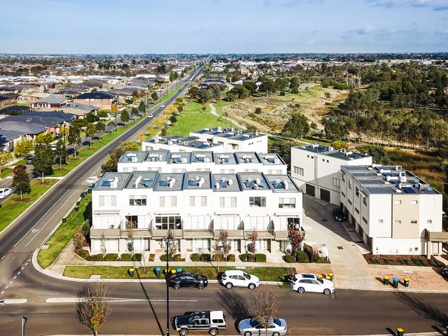 15/1 Clearwater Rise Pde, Truganina, Vic 3029