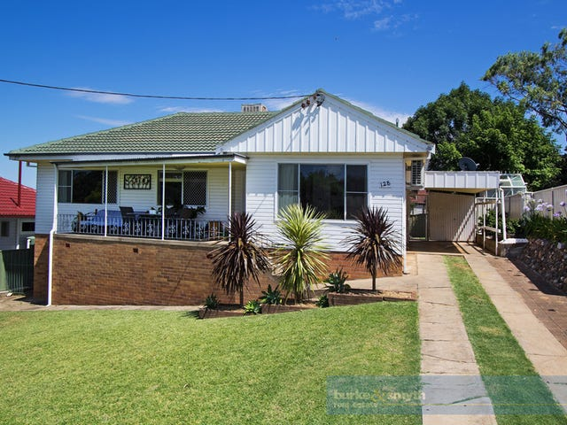 128 Fitzroy Street, Tamworth, NSW 2340