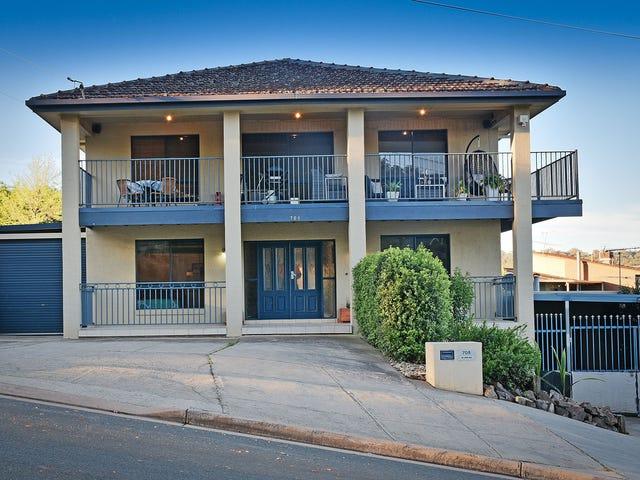 708 Pearsall Street, Hamilton Valley, NSW 2641