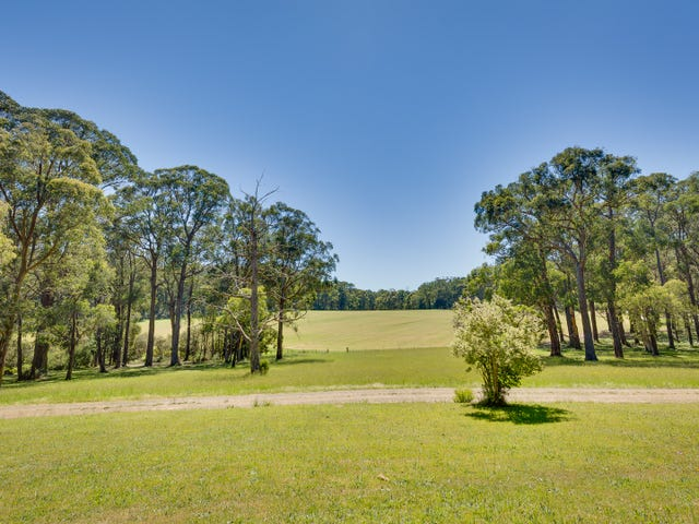 2290 Gembrook-Launching Place Road, Gembrook, Vic 3783