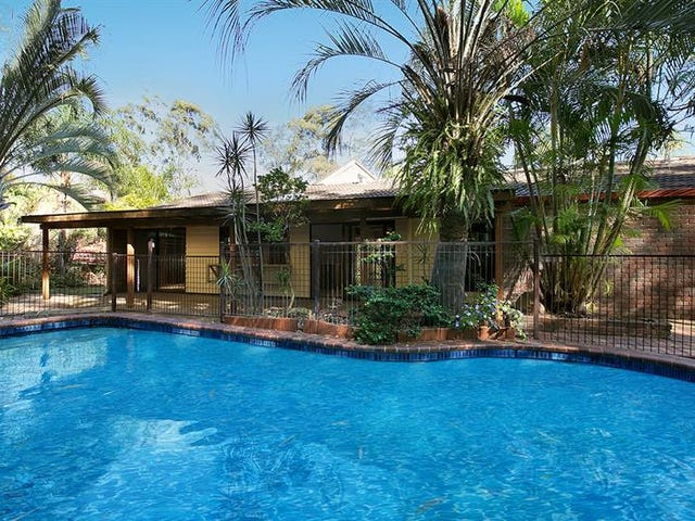 2 Lant St, Chapel Hill, Qld 4069