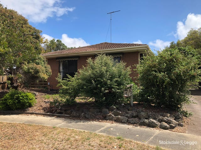 4 Jutland Court, Grovedale, Vic 3216