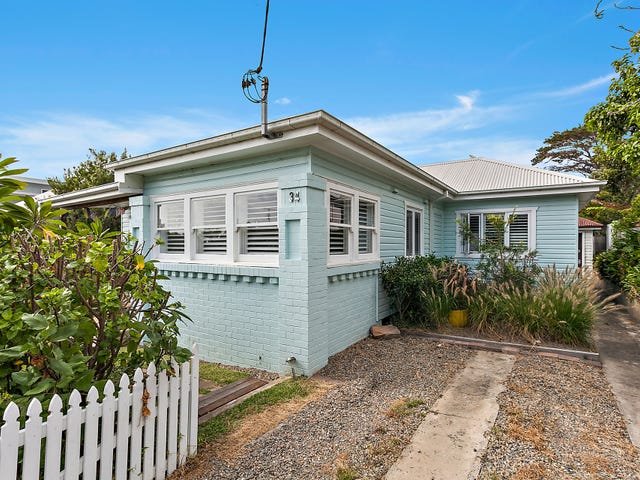 34 The Waves, Thirroul, NSW 2515