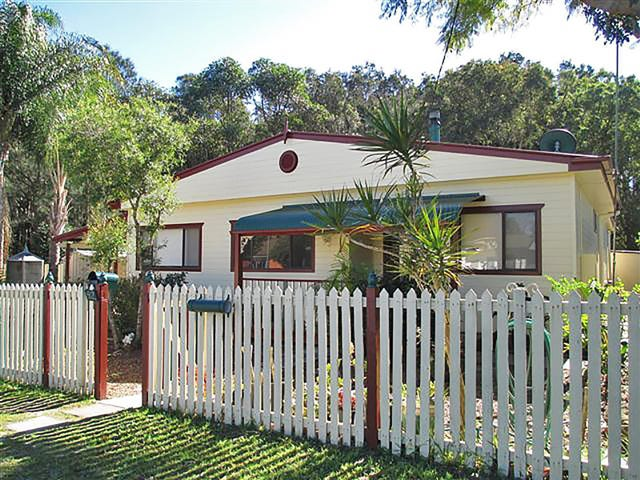 52 Boronia Avenue, Woy Woy, NSW 2256
