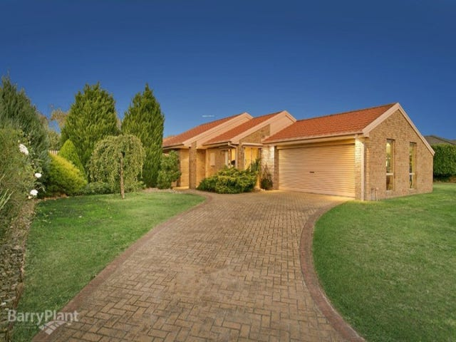8 Berkshire Place, Narre Warren South, Vic 3805
