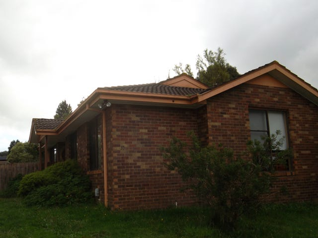 33 Wedge Crescent, Rowville, Vic 3178