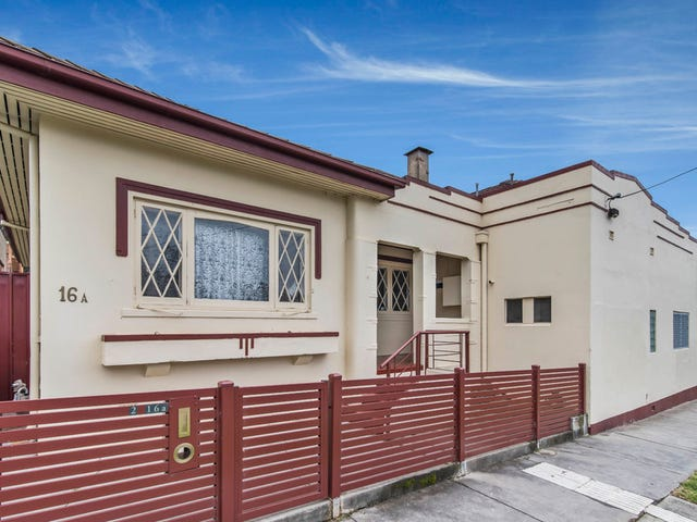 1,2/16A Spring Gully Road, Spring Gully, Vic 3550