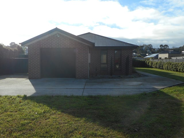 19 Bethune Plc, Newnham, Tas 7248