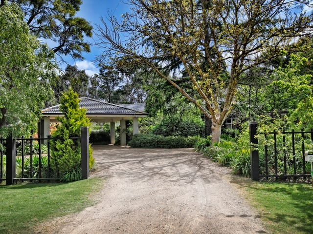 26 Hotham Avenue, Mount Macedon, Vic 3441