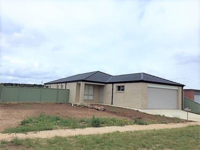 71 Waterford Drive, Miners Rest, Vic 3352