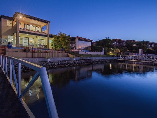 512 Oyster Cove Promenade, Helensvale, Qld 4212