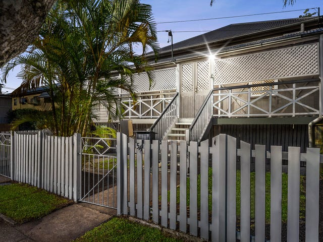 54 Earl Street, Greenslopes, Qld 4120
