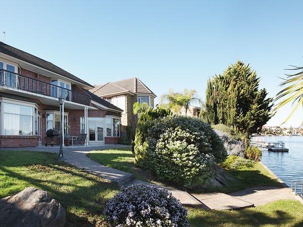 43a Lochside Drive, West Lakes, SA 5021