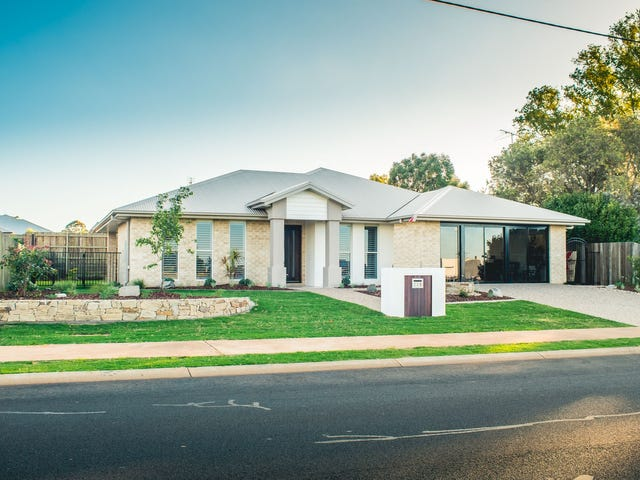 228 Spring Street, Middle Ridge, Qld 4350