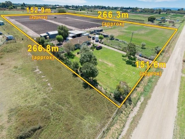 10 ACRES IN UGZ, Clyde, Vic 3978