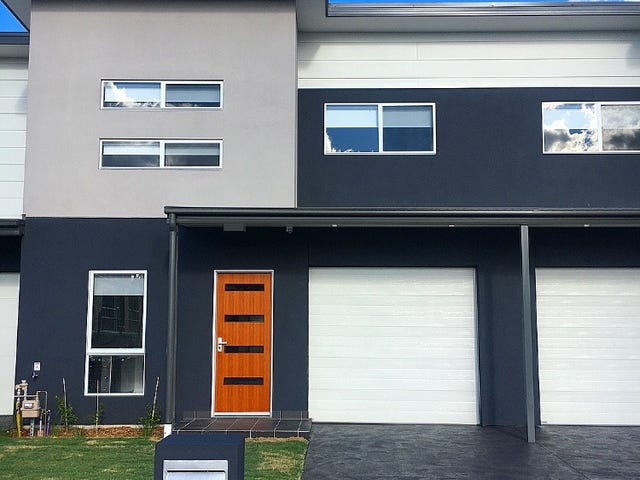 60 Mellish Pde, Glenfield, NSW 2167
