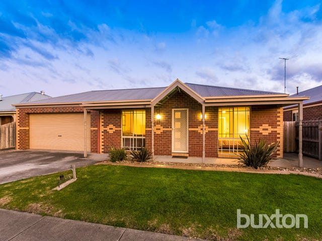 18 Smith Street, Grovedale, Vic 3216