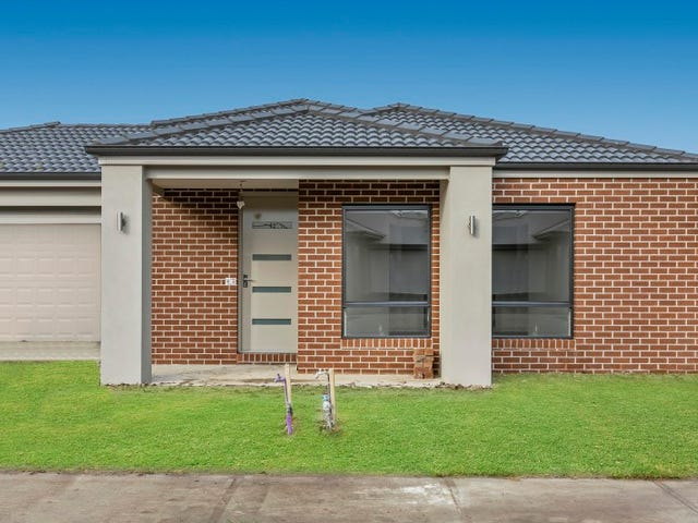4 Swallowtail Avenue, Clyde North, Vic 3978
