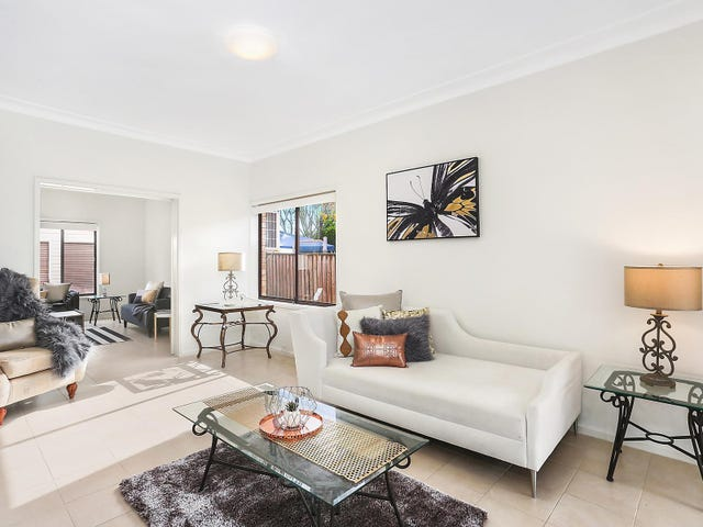 65 Montview Parade, Hornsby Heights, NSW 2077