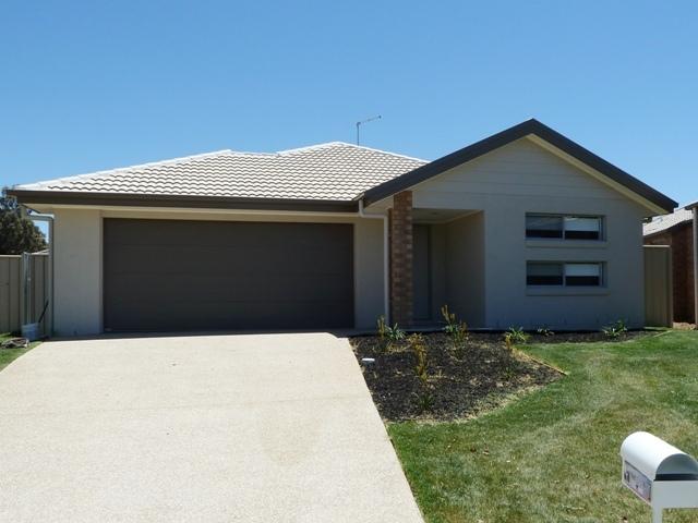 23 Kendall Drive, Lavington, NSW 2641