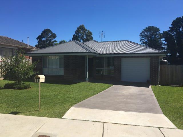 11 Yarrawa Street, Moss Vale, NSW 2577