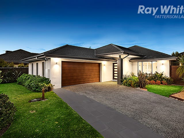 8 Artesian Place, Waterways, Vic 3195