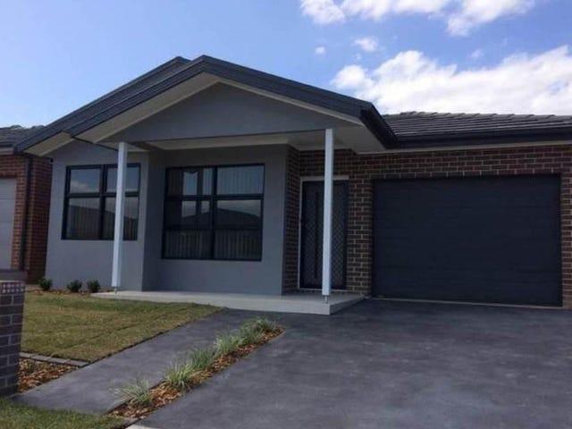 16 Killuna Way, Jordan Springs, NSW 2747
