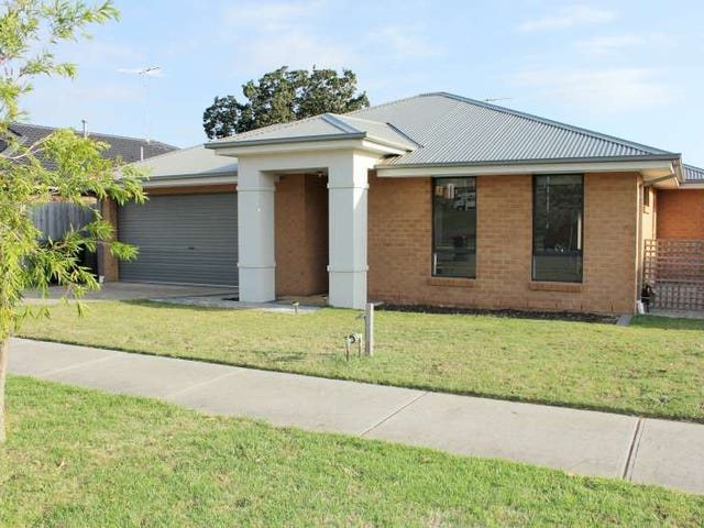 29 Springwater Drive, Drouin, Vic 3818