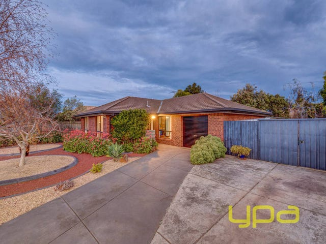 5 Moodie Street, Melton South, Vic 3338