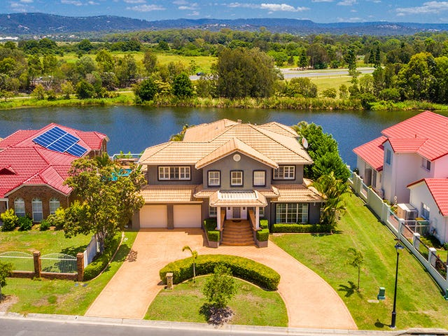 52 Martingale Circuit, Clear Island Waters, Qld 4226
