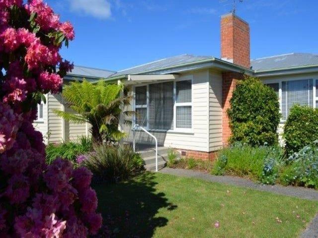 4 Broadhurst Avenue, Devonport, Tas 7310