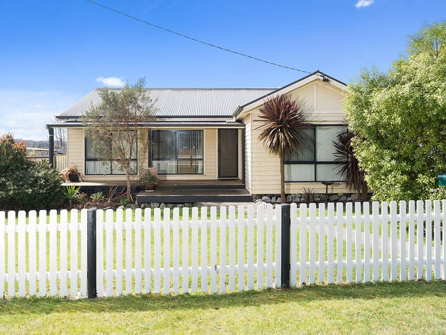 6 Greens Beach Road, Beaconsfield, Tas 7270