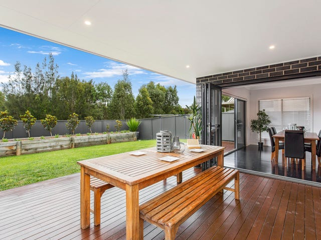 28 Townsend Crescent, Ropes Crossing, NSW 2760