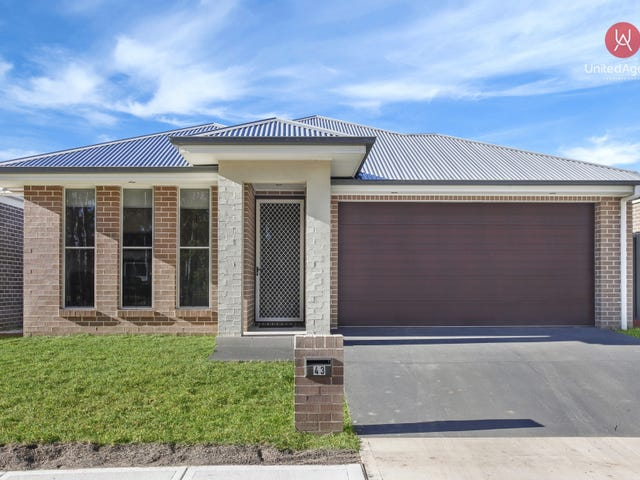 43 Grantham Crescent, Denham Court, NSW 2565