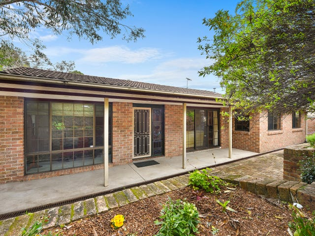 18 McKay Road, Hornsby Heights, NSW 2077